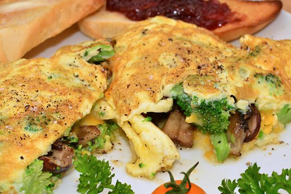 6 Geese a Laying: Cheesy Omelettes